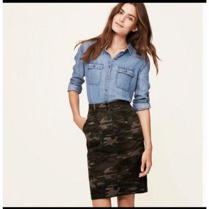LOFT Camo Pencil Skirt Gray Size 0P